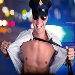 politie-stripper-vrijgezellenfeest